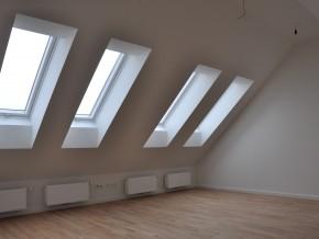 Galerieebene mit Dachflächenfenstern