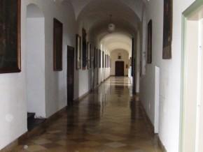 Flur Kloster