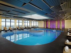 Schwimmbad 23.OG
